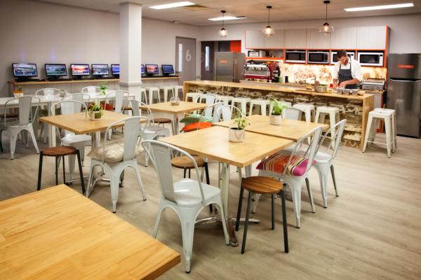 inforun-new-student-lounge-and-kitchen_25391794306_o