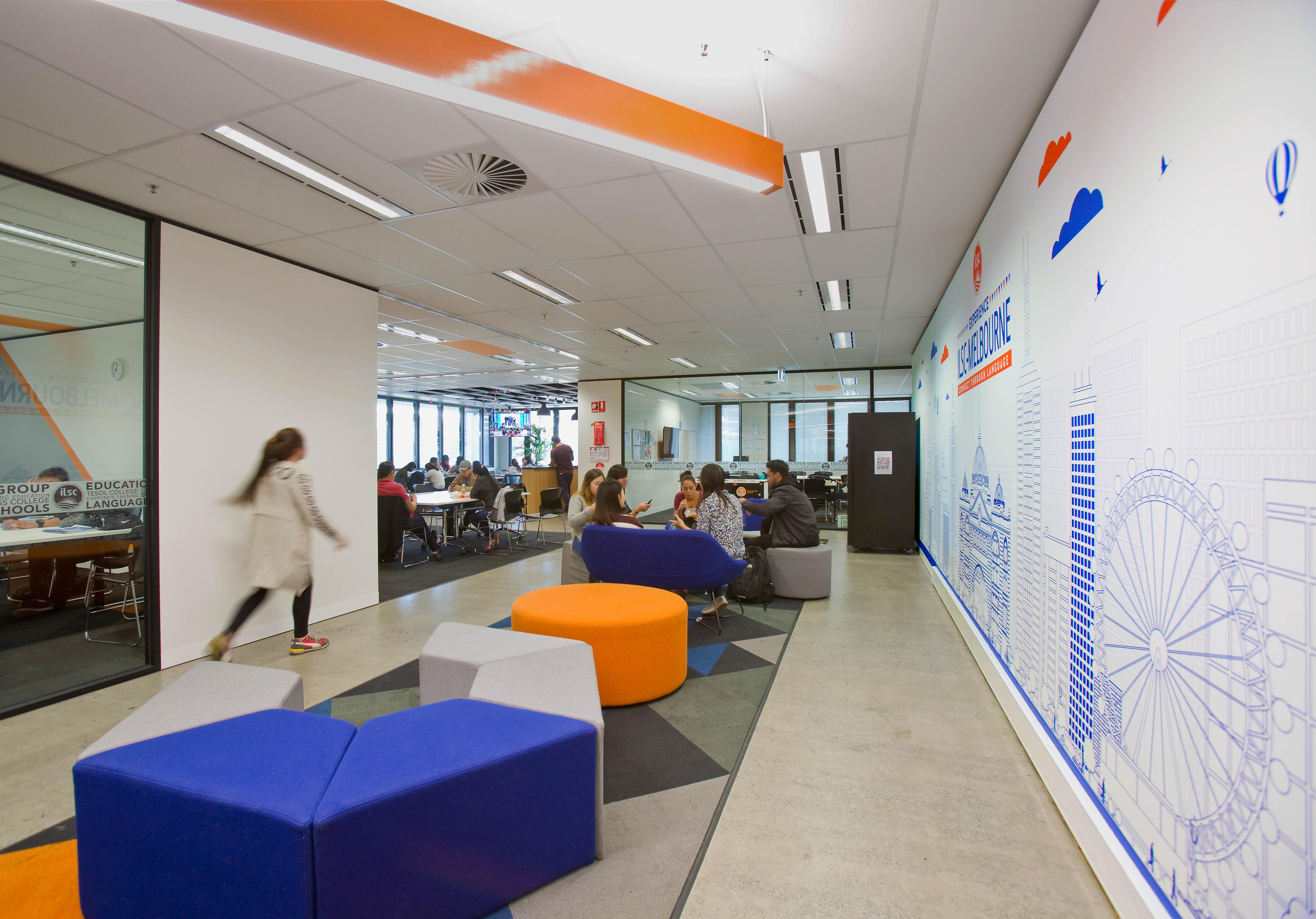 ilsc-melbourne-campus-hallway-3