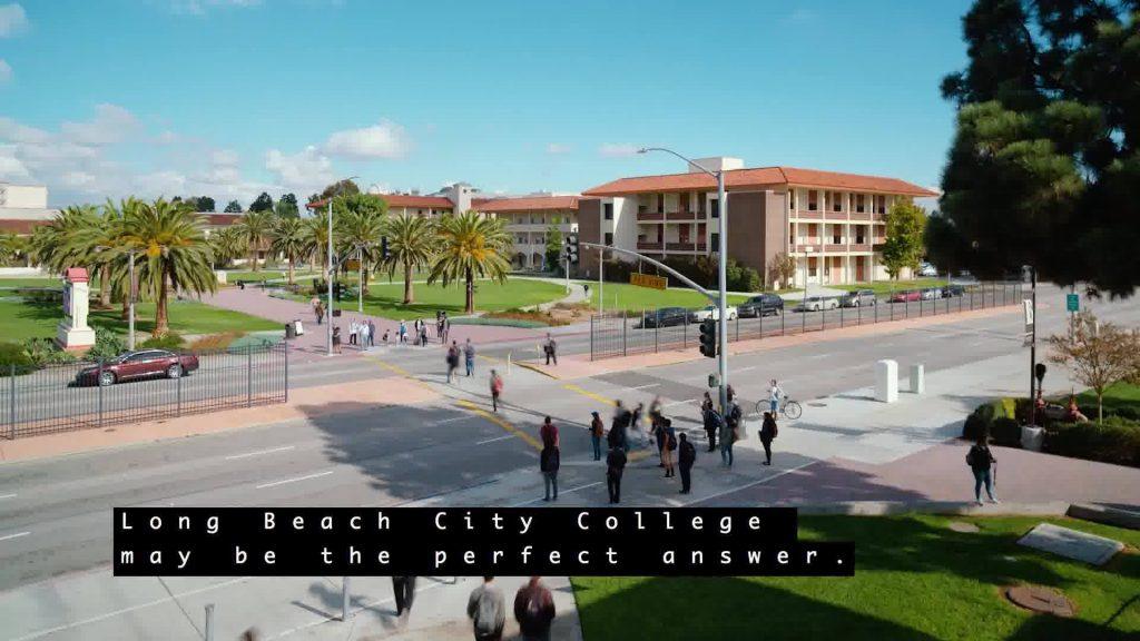 ロングビーチシティカレッジ外観