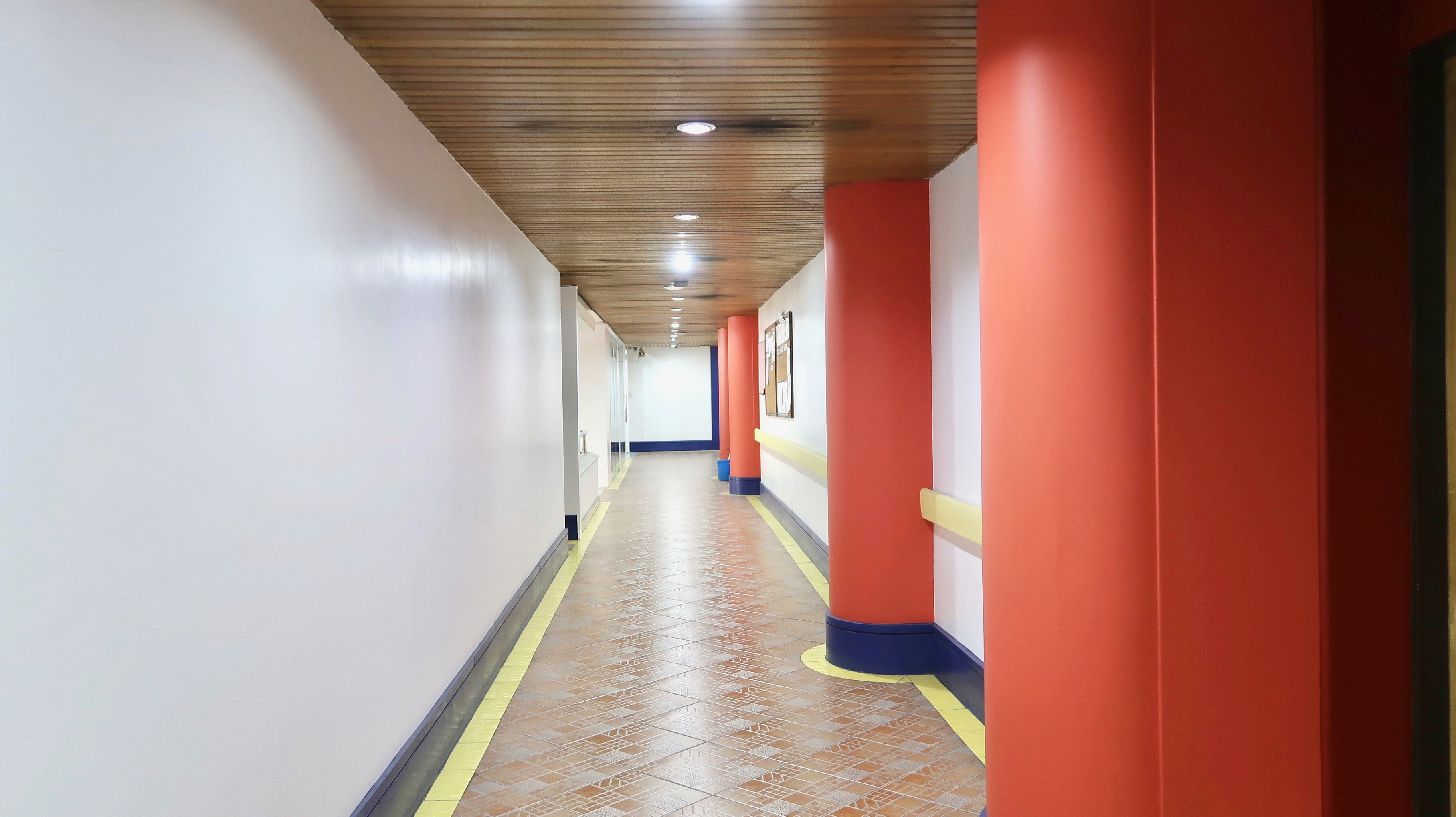 aisle 2