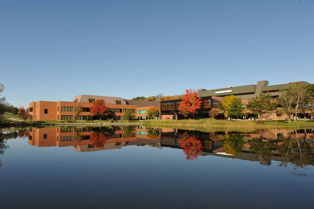Conestoga College外観