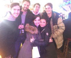 日本人女性とカナダ人の友達5名